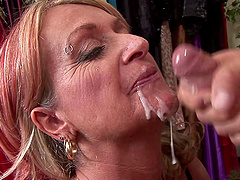 mature blonde Sophie craving for hard penis deep inside her pussy