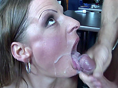 Madison Peet loves to be pounded in the public for the best fun