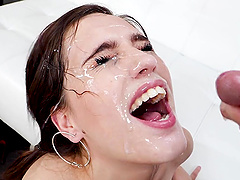 facial after amazing blowjob is all that Brooke Haze wants