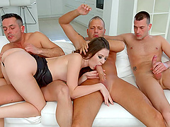 Alessandra Amore needs more than one dick to get pleased