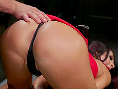 Shemale Khloe Kay adores to get fuck with her friend in many ways