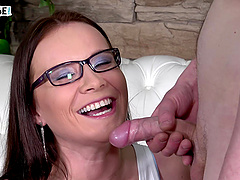 Video of a lucky amateur fucking pussy of pornstar Wendy Moon