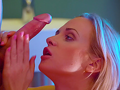 Kinky pussy and ass fucking with sexy blondie Cristal Caitlin