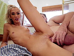 Nice pussy licking leads to fucking with desirable Sky Pierce