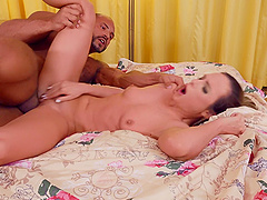 Horny model Vinna Reed pleasures his dick and gets fucked well