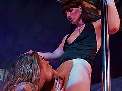 Closeup video of shemale Natalie Mars fucking sexy star Karma RX