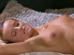 Hot ass blondie gets licked and dicked on the bed by her lover