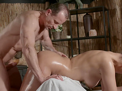 Hot brunette girl gets her pussy massaged with a hard pecker