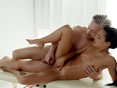 Passionate fucking with fit pornstar Apolonia Lapiedra on the bed