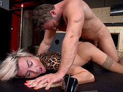 Hot ass blondie Pavlina gets her pussy pleasured by a stud