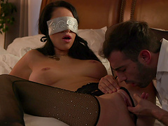 Blindfolded hottie Mj Fresh gets fucked balls deep in missionary