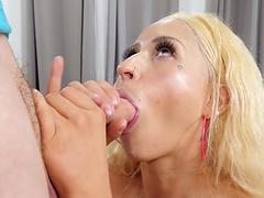 Cum loving blonde chick Goldie Glock milks a dick on her face
