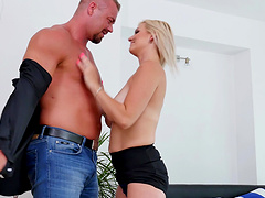 Hardcore fucking in the morning with chubby mature lover Kirsten Klark