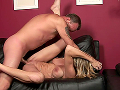 Sexy Mommy Gets Wet With A Hard Fuck