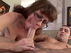 Incredible Head From A Dick Loving Milf