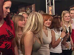 Kinky Ladies Blow Horny Strippers