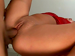 Sexy Lady Takes A Pounding From A Big Cock