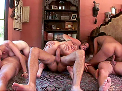 Hardcore Orgy Moved Outdoors to Complete with the Group Sex Fun