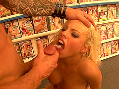 Gorgeous Blonde Britney Amber Giving BJ and Getting Laid with Two Guys