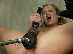 Cameron Diaz Look-a-Like Masturbates and Gets Fucked by Machine