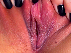 Horny Brunette Stretches her Pussy With A Speculum