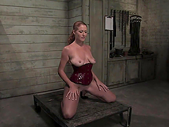 Hot Redhead Loves Making Bondage Scenes