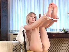Kinky Blonde Teen Plays With Her Wet Bush