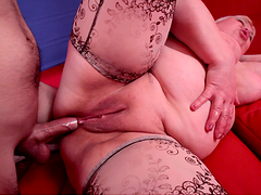 A Nice Suck And Fuck From A Kinky Mature BBW