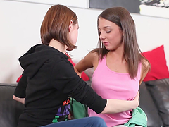 Pussy Licking Lesbian Teens In Action