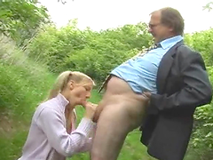 Hot Outdoors Sex With An Old man For A Blonde Teen
