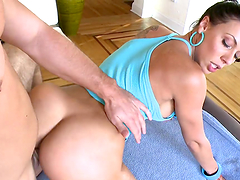 Bootylicious ladies have fun with the same hard cock