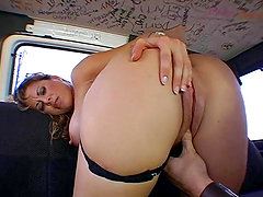 Dirty fuckwhore gets nailed in some car