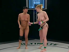 Blonde & Brunette wrestle naked in arousing competition