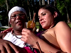 Hot outdoors sex with the sexy Brazilian babe Silvia Sabatiny