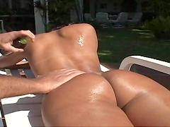 Slutty bitch gets her fucking gash fucked !