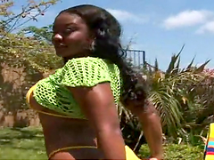 Kina takes off her bikini to have fun with a large cock