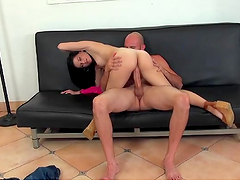 Rough sex with the kinky brunette Aubrey Sky