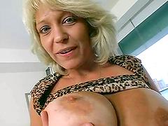 Skanky milf sucks & rides cock