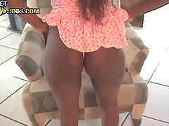 Sexy ebony hottie's rides a big cck in amateur POV
