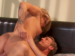 Rough sex with the beautiful blonde babe Jessa Rhodes