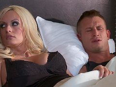 Blonde bitch gets fucked & jizzed all over