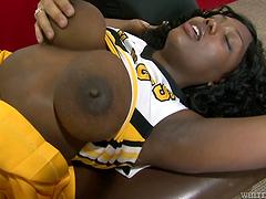 Gangbang sex for the busty ebony babe Selina Bly ç