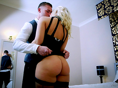Smoking hot blondes have a threesome with a lucky dude