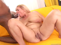 Interracial head leaves mature Venuse with a messy facial