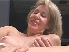 Mature blonde ans horny brunette have some lesbian fun
