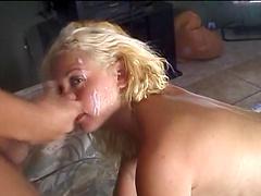 Blonde sucks a guy before getting a facial