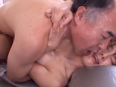 Mayu Nozomi splattered by semen after being gangbanged by guys