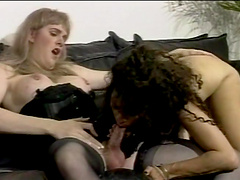 Tramp has sex with a nasty tranny