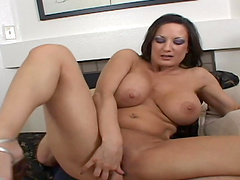 Big-ass titty slut takes a hard cock in cunt