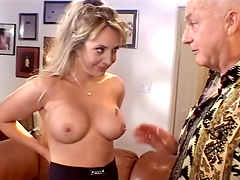 Horny bitch gets her tight asshole fucked